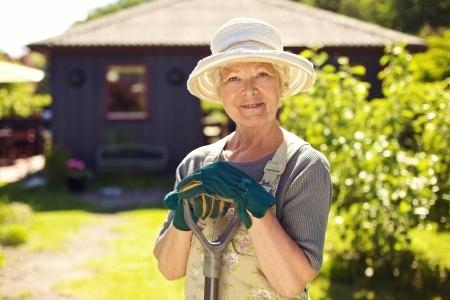 Senior_Gardening